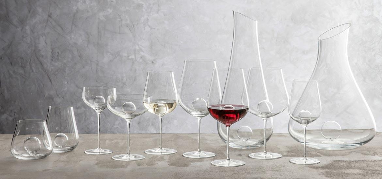 עיצוב-השולחן-בעזרת-כוסות-יין4